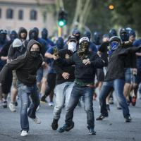 Derby, hooligans del Wisla Cracovia tra i tifosi della Lazio