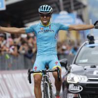 Giro d'Italia, il giorno del Mortirolo: il film della tappa