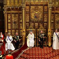 Gb, cerimonia senza tempo: il discorso della regina
