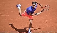 Fuori Fognini e Lorenzi Pennetta facile, Federer ok