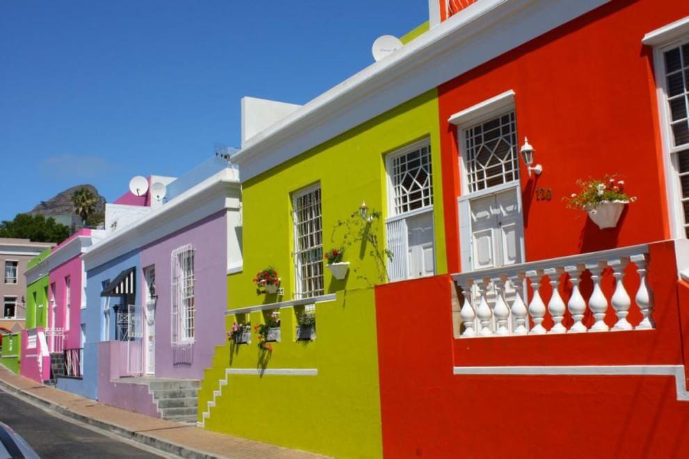 Architettura arcobaleno: dalle Cinque Terre a Portorico, le città sono multicolor