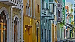 Dalle Cinque Terre a Portorico Architettura multicolor nelle città