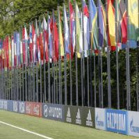 Scandalo Fifa, Platini chiede rinvio elezioni. Maradona: 'Io pazzo? Blatter ladro'
