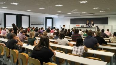 "La ""classe operaia"" non va all'università"