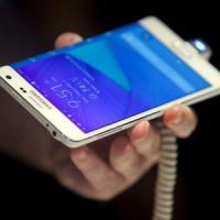 Smartphones, Samsung supera Apple e si riprende il primato delle vendite