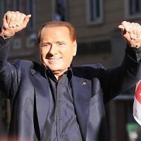 """Regionali, Berlusconi contro Renzi: """"Cambia la Severino per De Luca, non per me"""""""