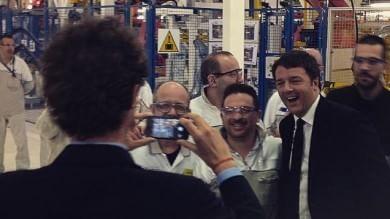"""Renzi alla Fca di Melfi con Marchionne:  """"Il lavoro non si crea nei talk show"""""""