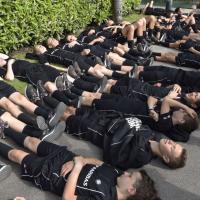 Tennis, Roland Garros dietro le quinte: il riposo dei raccattapalle