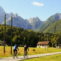 Bici, parte un altro Giro: traguardi in 80 librerie