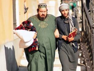 """L'Islam di pace di Kamkari: """"Sorridere dei problemi"""""""