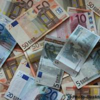 Stipendi: un terzo degli italiani sotto 10mila euro