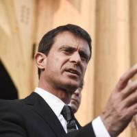 """Francia, la sfida del premier Valls: """"Il populismo avanza, la sinistra apra gli occhi...."""