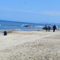 Alba Adriatica, aerei pattuglia acrobatica si scontrano e cadono in mare. Morto un pilota