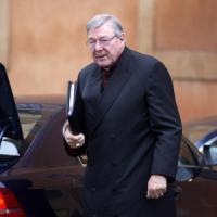 """Pedofilia, inviato del Papa attacca il cardinale Pell: """"Disprezza i bimbi vittime di..."""
