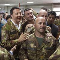 """Afghanistan, Renzi al contingente italiano: """"Vi chiedo di restare ancora qualche mese"""""""