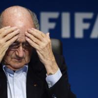 Scandalo Fifa, Blatter annuncia dimissioni: