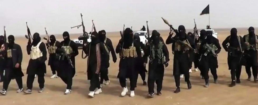 """Le madri coraggio dei jihadisti d'Occidente: """"Tornate a casa"""""""