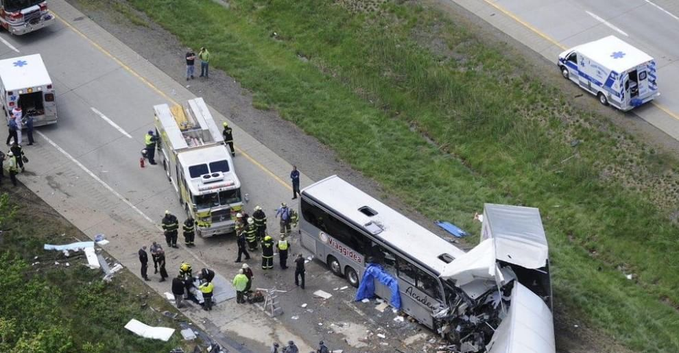 Usa, autobus di turisti italiani si scontra con tir