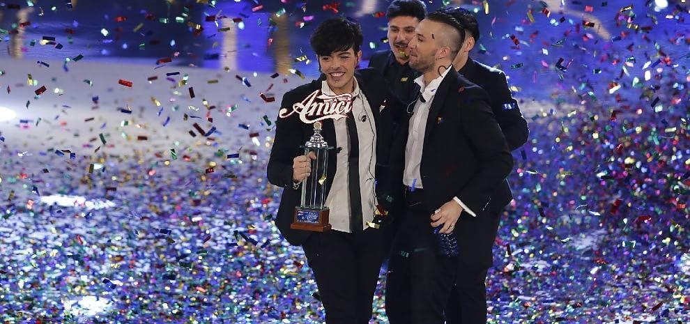 """""""Amici"""", De Filippi dice basta a Sanremo: """"I miei ragazzi penalizzati. E io non lo condurrò"""""""