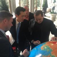 Milan, Dana: ''Cene, soldi e l'aiuto di Cannavaro. Così è nata l'intesa tra Silvio e Taechaubol