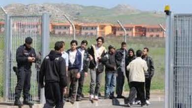 """Cara di Mineo, la """"repubblica autonoma""""  dei richiedenti asilo ridotti a numeri"""