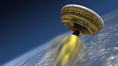 Nasa, fallito esperimento dell'atterraggio  su Marte: il paracadute si disintegra