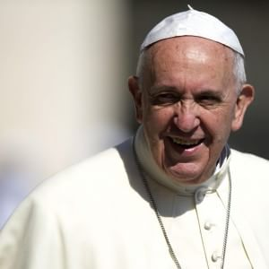 Pedofilia, papa Francesco crea tribunale per giudicare vescovi