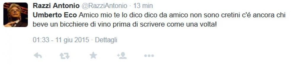 """Umberto Eco e i social: """"Danno diritto di  parola a legioni di imbecilli"""". Le reazioni su Twitter"""