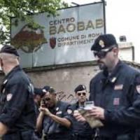 Migranti, Roma: la risposta solidale dei cittadini per il centro Baobab