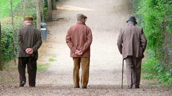 Istat, Italia sempre più 'vecchia': crollo delle nascite, oltre 44 anni l'età media
