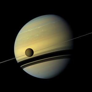 """Il 20 giugno, telescopi puntati sul Saturno, il pianeta """"Signore degli Anelli"""""""