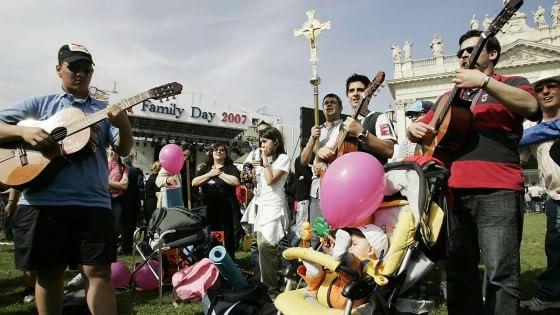 La sfida del Family day: in piazza senza la Chiesa per fermare le unioni civili