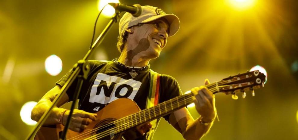 Manu Chao, è ancora patchanka, il rumore è degli Einstürzende Neubauten