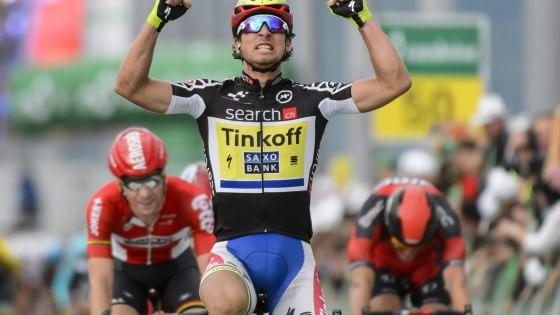 Giro della Svizzera, sprint di Sagan: Pinot resta leader