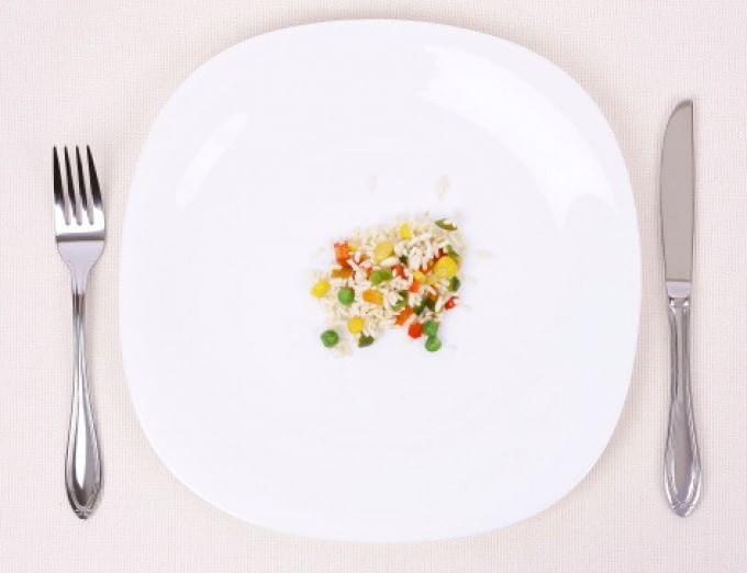 La dieta della longevità mima il digiuno, bastano 5 giorni ogni 3-6 mesi per vivere di più
