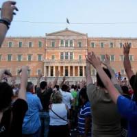 I mercati scommettono sull'accordo greco: Milano +2%, crolla lo spread