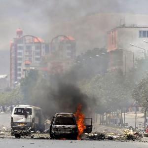 Afghanistan Attacco A Parlamento Talebani Rivendicano