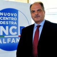 La maggioranza salva Castiglione: no alla sfiducia di M5s, Lega e Sel