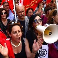 Riforma scuola in aula alla Camera il 7 luglio. Protestano Sel-M5s