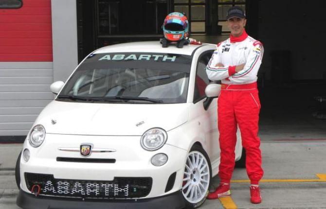 Abarth 695 assetto corse endurance pronta alla partenza: il debutto è a Imola
