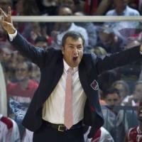 Basket, Milano si separa da Banchi. Va via il coach dello scudetto