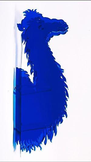 Da Klein a Spoerri, Acri mette in scena il blu