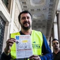 """Salvini: """"No al reato di tortura, polizia deve fare il suo lavoro"""""""