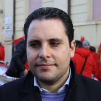 """Spese pazze: Calabria, tre ex consiglieri ai domiciliari. M5s a Oliverio: """"Dimettiti"""""""