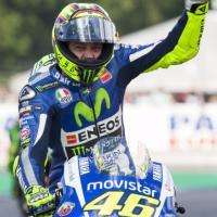 MotoGp, Rossi ad Assen batte Marquez