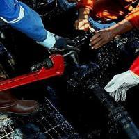 Argentina, giudice ordina stop a esplorazioni di petrolio alle Falkland. E sequestra beni...