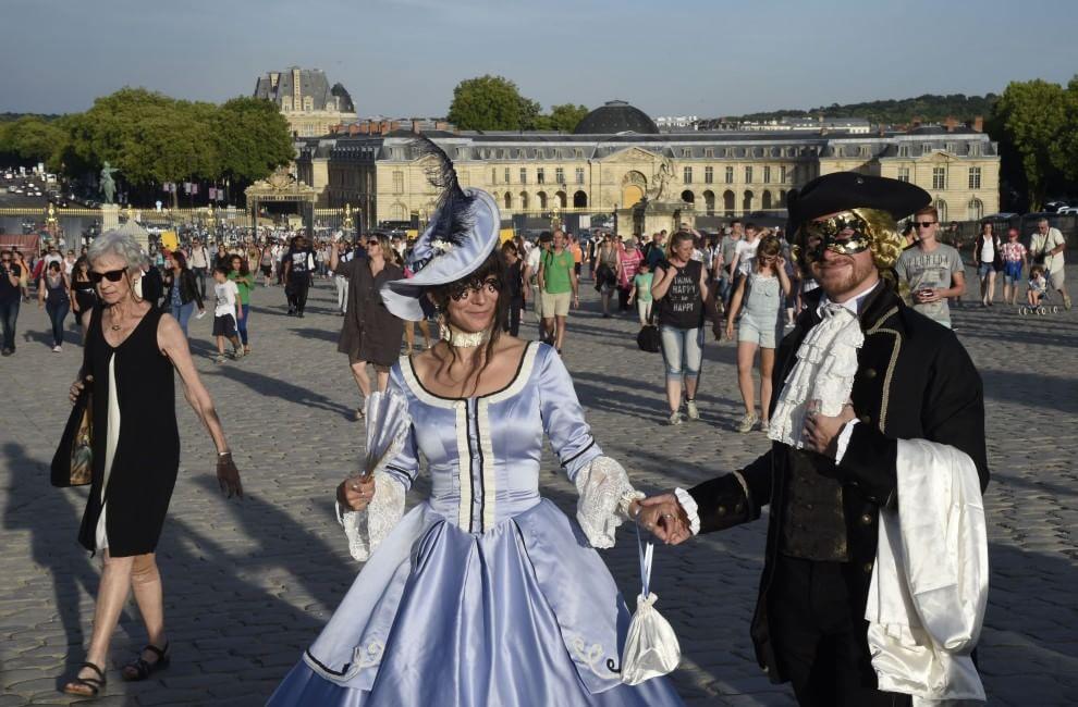 Versailles rivatelier design