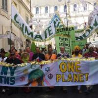 """In marcia per la Terra: """"Salviamo il nostro clima"""""""