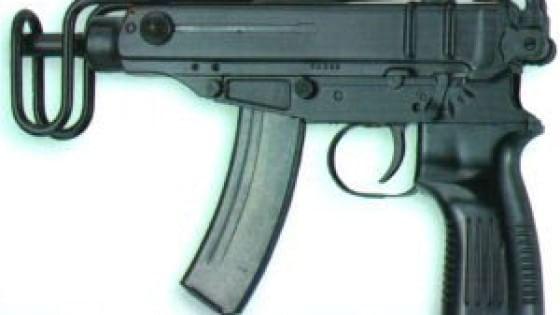 Allarme terrorismo in Gb: arrivato carico di mitragliette Skorpion
