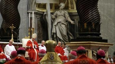 """Papa Francesco: """"Persecuzioni contro cristiani sotto occhi e nel silenzio di tutti"""""""